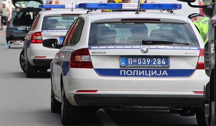 Maloletnik vozio bez dozvole na putu Žabalj - Čurug, izazvao tešku saobraćajnu nesreću