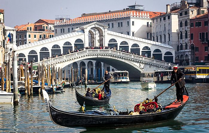 Venecija od sledećeg jula turistima naplaćuje taksu za ulazak u grad