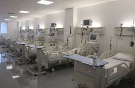 Povećan broj pacijenata na respiratorima u kovid bolnici na Mišeluku