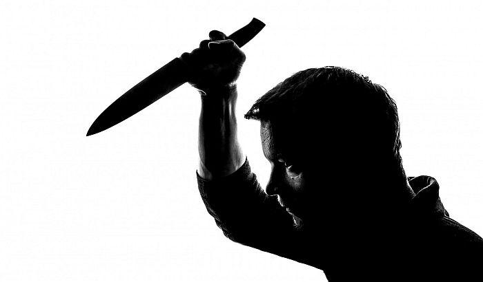Pančevo: Pokušao da ubije čoveka u pekari, potom nasrtao na prolaznike