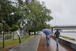 FOTO: Oktobar je stigao ranije - tmuran kraj avgusta u Novom Sadu