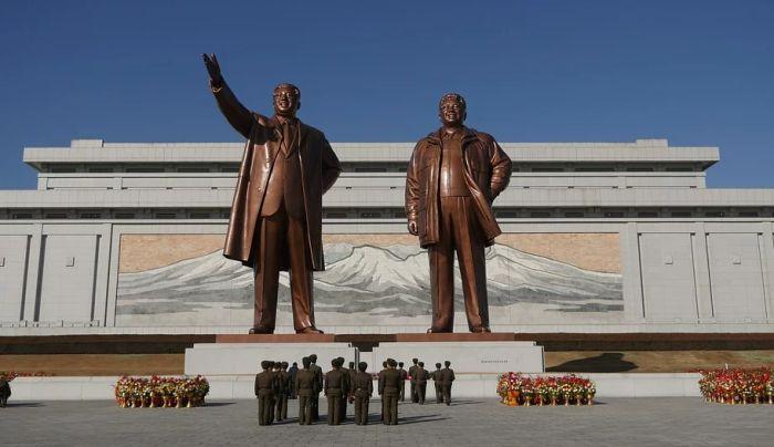 Severna Koreja zabranila ulazak turistima zbog novog virusa