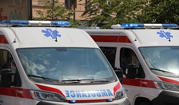 Devojčica povređena u udesu na Bulevaru cara Lazara