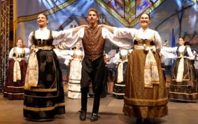 Svečani defile i veliko kolo otvaraju Dane bunjevačke kulture u Novom Sadu