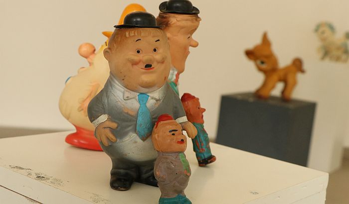 FOTO: Izložba starih igračaka u KCNS - dete je otac čoveka