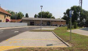 FOTO: Otvoren parking u Filipa Višnjića, sledi uređenje parkinga kod Štranda