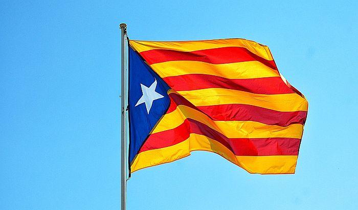 Hiljade ljudi na demostracijama u Barseloni podržale secesiju Katalonije