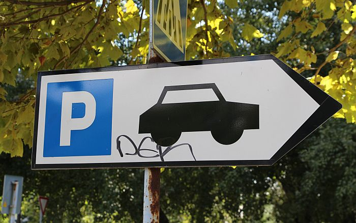 Počelo uređenje parkinga u Veselina Masleše