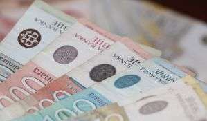Novosađani prosečno zarađuju skoro 19.000 dinara više od realne plate u Srbiji