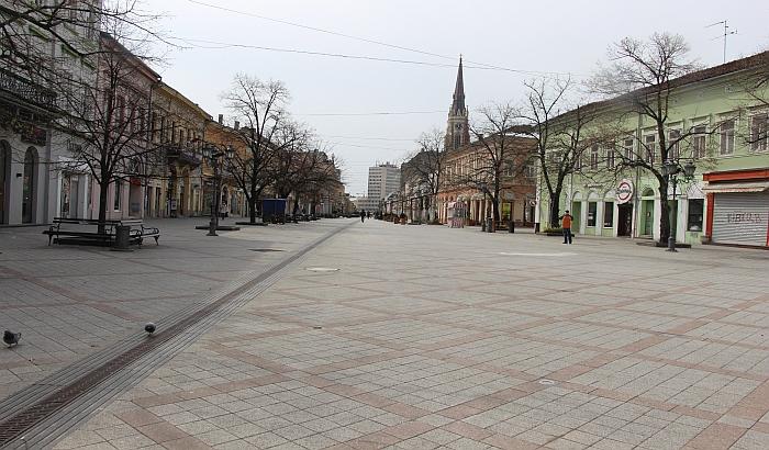 FOTO: Novi Sad - grad ljudi pod maskama
