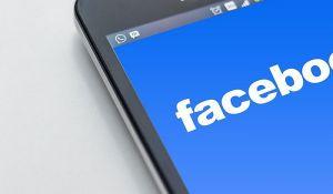 Fejsbuk trajno zabranio profile ekstremnih desničara u Velikoj Britaniji