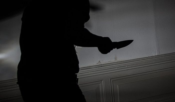 Inđija: Ubio komšiju nožem