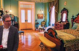 Vučić u vašoj spavaćoj sobi: Koliko da platimo da bi neko imao dete?
