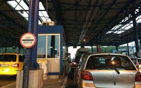 Gužva na granici Srbije i Crne Gore, turisti se vraćaju nakon upozorenja Kriznog štaba