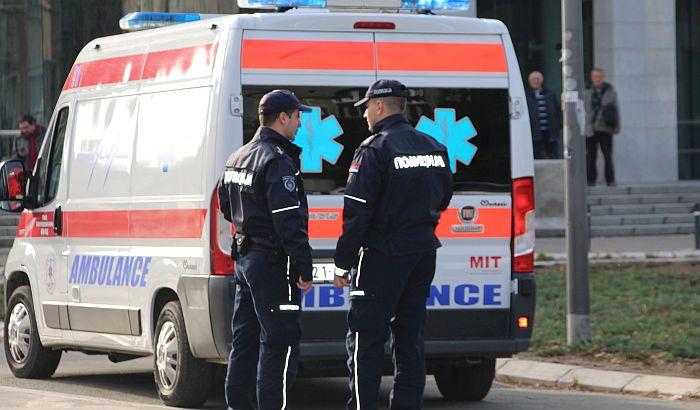 Žena teško povređena u prevrtanju automobila u Begeču