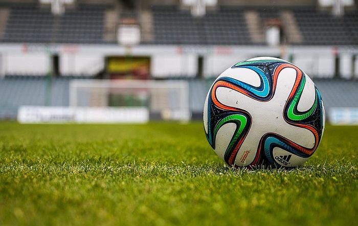 Fudbal - sve dalje od sporta, sve bliže biznisu