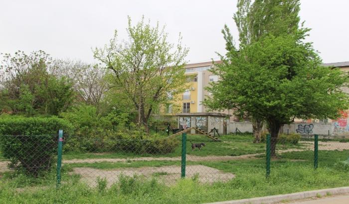 U nedelju skup građana zbog namere uništavanja zelene površine i dizanja višespratnice