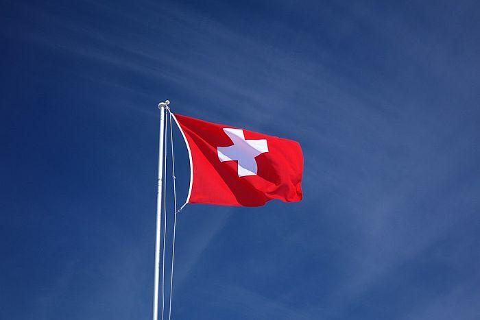 U Švajcarskoj od prvog oktobra dozvola okupljanja više od 1.000 ljudi