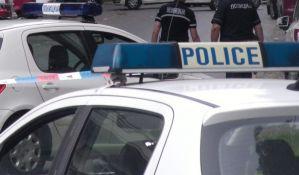 U sukobu tri devojke dve povređene nožem u Kisačkoj