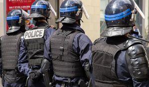 Naoružani muškarac drži taoce u banci u francuskom Avru