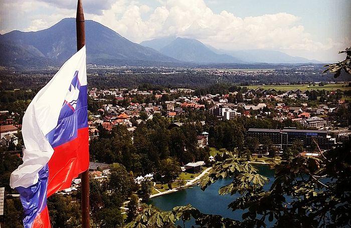 U Sloveniji jedna osoba preminula od korone, 15 novozaraženih