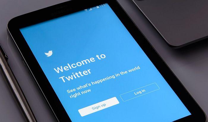 Pritvoreni novinar Indexa zbog tvitova pušten iz suda i proglašen krivim