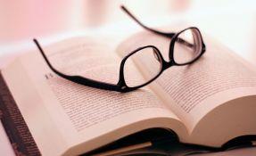 Umesto dvoje, bolje koristiti jedne naočare sa multifokalnim sočivima