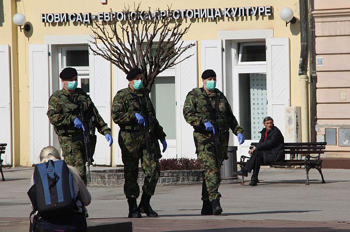 Vojska obezbeđuje granične prelaze, bolnice i migrantske centre