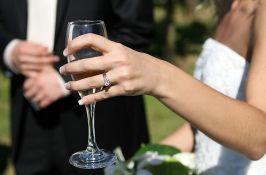 Emirati zbog pandemije omogućili onlajn venčanja