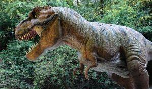 Dve i po milijarde tiranosaurusa je živelo na Zemlji