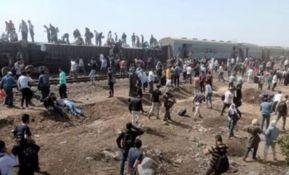 VIDEO: Voz iskočio iz šina u Egiptu, više od sto povređenih