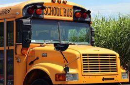 VIDEO: Odustao od otmice autobusa jer su ga deca izludela pitanjima