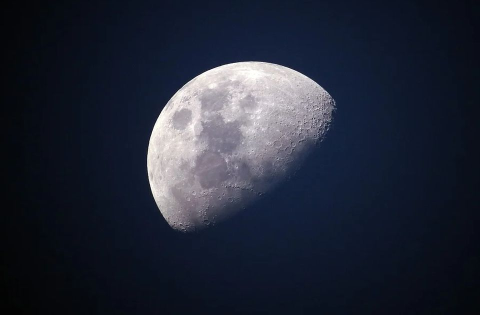 Astronomi: Ne šaljite ljude na Mesec posle 2025.