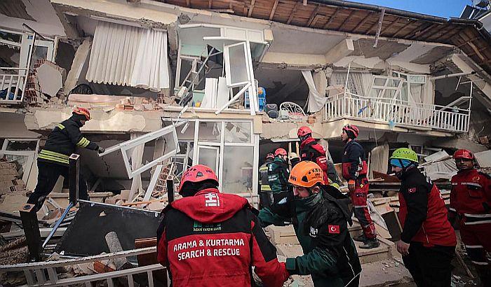 Broj stradalih u zemljotresu u Turskoj porastao na 35