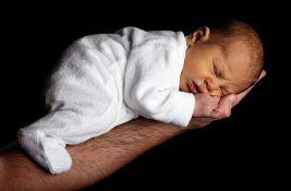 U Novom Sadu za jedan dan rođeno 16 beba