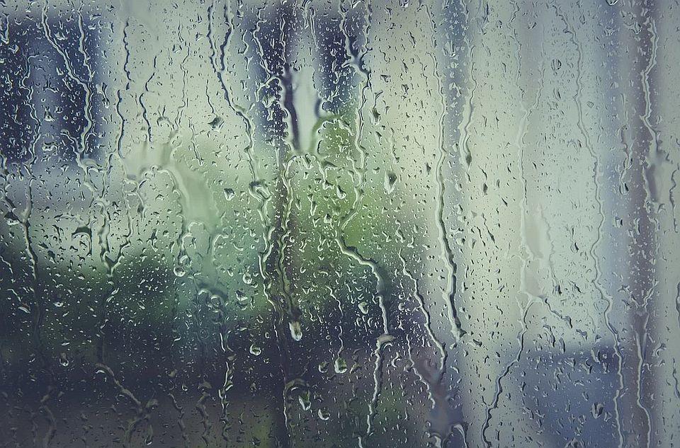 AMSS: Oprez zbog kiše i mokrih kolovoza