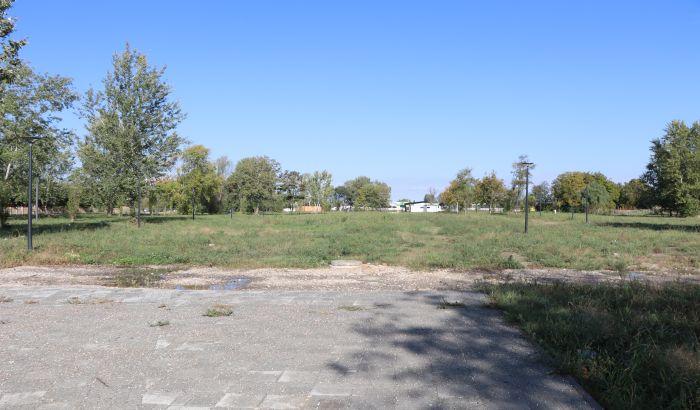 Grad najavio da će dati novac za nastavak izgradnje novog parka između Naselja i Detelinare posle pisanja 021.rs