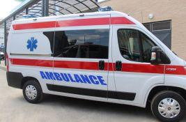 Povređena devojka u sudaru kod Master centra