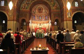Vernici masovno napuštaju hrišćanske crkve u Nemačkoj