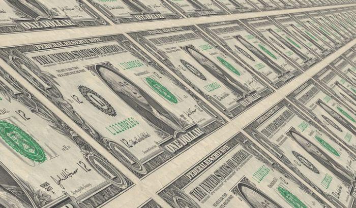 MMF: Dolar precenjen