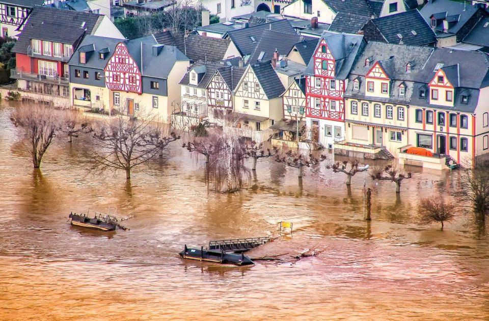 Greta Tunberg o poplavama na zapadu Evrope: Ovo nije novo normalno