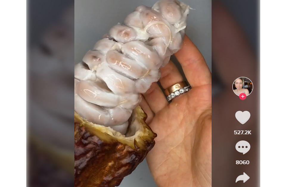 VIDEO: Snimak kako zapravo izgledaju zrna kakaa izazvao nelagodu kod ljubitelja čokolade