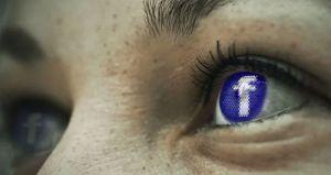 Fejsbuk i dalje zarađuje na antivakcinašima