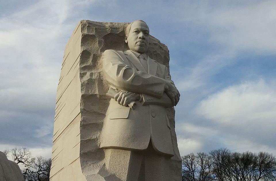 Na današnji dan: Čuveni govor Martina Lutera Kinga, u svetu emitovana prva reklama na radiju