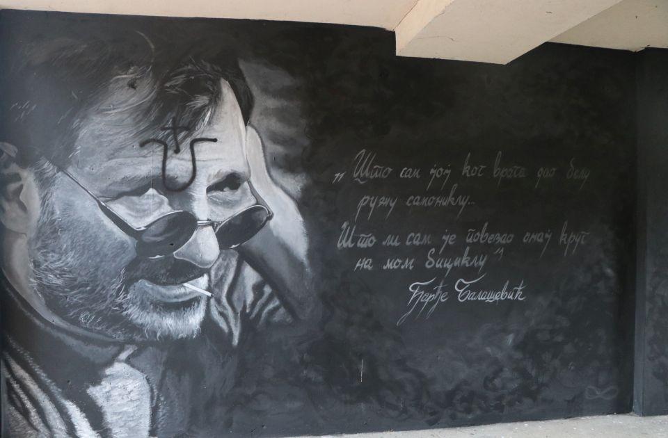 Gradonačelnik osudio skrnavljenje murala posvećenog Balaševiću