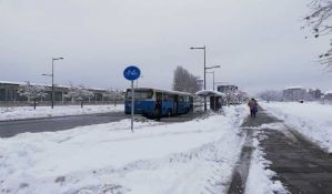 Putevi u Novom Sadu prohodni, saobraćaj usporen na periferiji grada