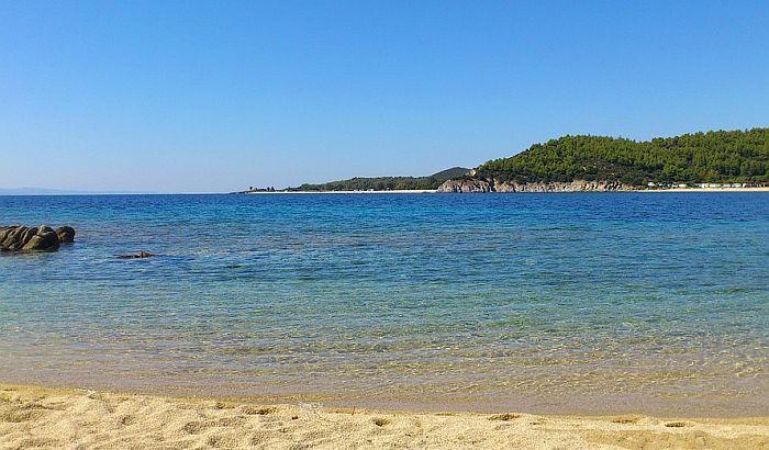 Turistkinja iz Srbije spasena od davljenja na grčkoj plaži