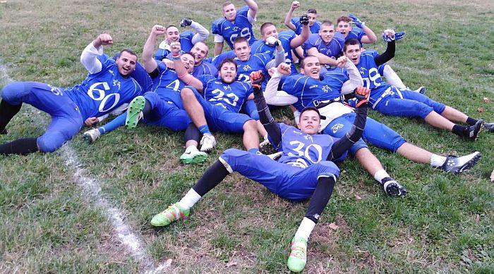 Upoznajte se sa igračima američkog fudbala u TC Promenada