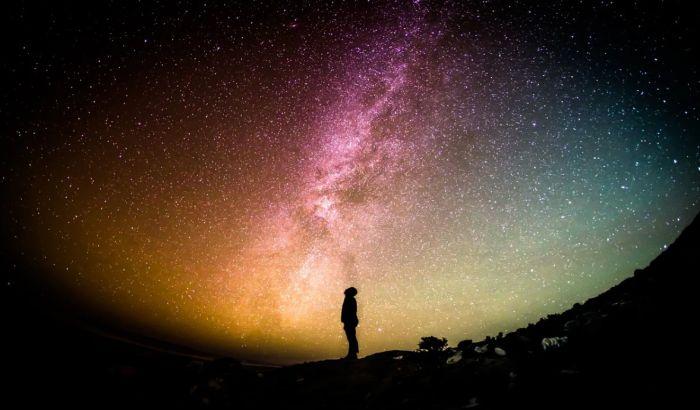 """Parfem """"Spejs"""" donosi miris svemira"""