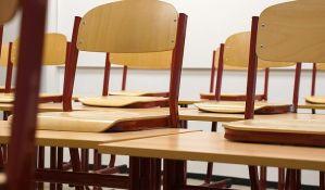 Crna Gora: Učenik vršnjacima dao da popiju sonu kiselinu